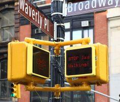 """O sinal de rua que """"fala"""" contigo."""