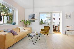 FINN – ARKITEKTTEGNET PÅ SAGENE: Delikat 4-R endeleilighet - solrik balkong - hele leiligheten nyoppusset - vedovn - utsikt