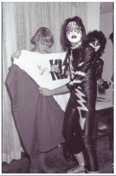 Rock And Roll Fantasy, Patrick Willis, Eric Carr, Peter Criss, Kiss Band, Ace Frehley, Hot Band, Gene Simmons, All Things Cute
