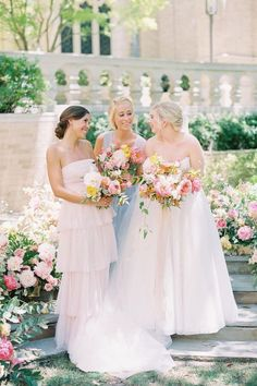 A photo filled with so much love and joy. 🥰 @charlastorey managed to capture the PRETTIEST of colors in the perfect light. We're all for these immaculate spring vibes! ☀️ | Photography: @charlastorey #stylemepretty #springwedding #summerwedding #weddingbouquet #bridesmaiddresses Bridesmaid Dresses Different Colors, Spring Bridesmaid Dresses, Rose Gold Bridesmaid, Mismatched Bridesmaid Dresses, Dream Wedding Dresses, Wedding Gowns, Wedding Bouquets, Bridal Gowns, Bridal Parties