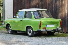 trabant | Heckansicht vom Trabant 601 de Luxe, mit Anhängerkupplung und ...