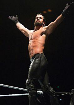 Seth Rollins Out of WWE Due To Knee Injury; Story to Wrestlemania Rewritten Wwe Seth Rollins, Seth Freakin Rollins, Best Wrestlers, Burn It Down, Wwe World, Wwe Champions, The Future Is Now, Wrestling Wwe, Knee Injury