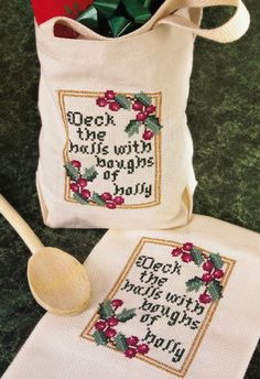 Jolly up a tote bag or tea towel with this pretty cross-stitch from Crafts 'n Things)
