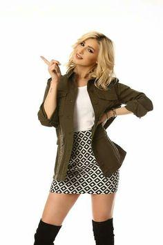 Mini Skirts, Singer, Celebrities, Style, Fashion, Swag, Moda, Celebs, Fashion Styles