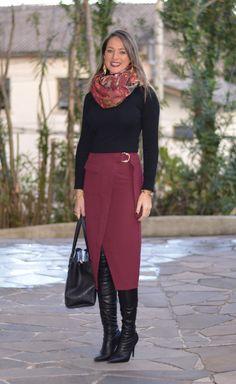 Look do dia - look de trabalho - ootd - outfit for work - look de inverno - look de frio - fall outfit - winter outfit - bota - boots - saia mídia marsala - saia - skirt - black