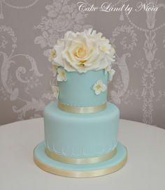 Blue Floral Cake