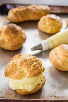 This basic pastry cream recipe is the base for filling many pastries, pies, cakes, and tarts. Cream Puff Recipe, Cream Recipes, Eclairs, Profiteroles, Pastry Recipes, Baking Recipes, Cake Cookies, Cupcake Cakes, Cupcakes