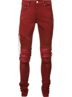 Add an edge to your look with the men's skinny jeans edit at Farfetch. Find designer skinny jeans for men from hundreds of luxury denim brands. Mens Distressed Skinny Jeans, Mens Destroyed Jeans, Ripped Jeans Men, Red Skinny Jeans, Torn Jeans, Red Jeans, Men's Jeans, Mens Designer Skinny Jeans, Jean 1