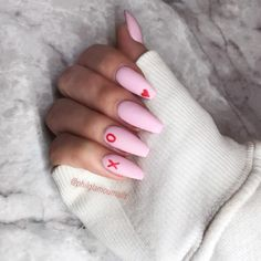 20 Trendy Valentine Nails That Are Totally Killing It - Ten Catalog