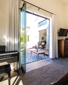 Glass doors are perfect for bedrooms, kitchens, living rooms, and even bathrooms. The possibilities are endless, it all depends on how creative you'd like to get! Glass Doors, Be Perfect, Living Rooms, Oversized Mirror, Bathrooms, Kitchens, Bedroom, Cover, Creative
