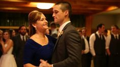 This elegant mother-son #WeddingDance was NOT what the guests expected. #FunnyVideo: http://www.trendingwire.com/elegant-mother-son-wedding-dance-went-wrong/#utm_sguid=148892,682c15e6-caf0-14e9-f140-99b7ec3ca97a