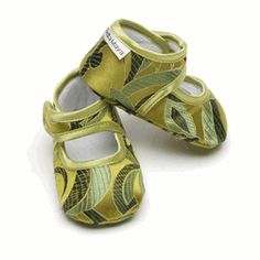 Baby Bella Maya designer booties add a touch of style to your baby's feet. So cute and adorable, Mary Jane style, the strap attaches with Velcro®. Available in a variety of designs to compliment any outfit. Booties are made of silky woven polyester blends. Size 6-12