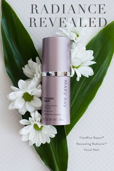 Need a refresh? Our new TimeWise Repair® Revealing Radiance™ Facial Peel uses glycolic acid to remove dead skin cells from skin's top surface layer and also impacts the remaining surface layers.  | Mary Kay