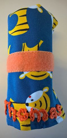 Pencil roll with tigers - made by Stoffenspinsels