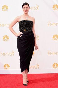 Emmy Awards 2014: O corpete todo bordado do Lanvin de Jessica Paré chamou atenção