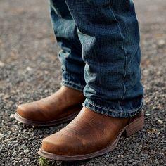 Ariat Men's Rambler Brown Bomber Square Toe Boot 10002317