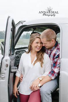 old truck. engagement photo. anna deal photography . Lincolnton nc wedding photographer