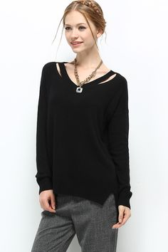 sweater in black