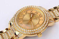 Với những chiếc đồng hồ nạm kim cương cực kỳ chính xác tại những lễ trao thưởng lớn. Thương hiệu CHOPARD được khai sinh bởi lòng đam mê và những tinh hoa sáng tạo của nhà thiết kế.