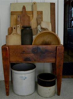 Curious Crow Antiques & Primitives