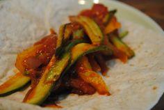 Vegetable fajitas recipe for students: vegetarian fajitas recipe. Quick and easy, simple fajitas packed full of veg