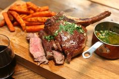 Wondering what to make for the Six Nations tomorrow? Try our fabulous Cote de boeuf recipe. It's easy and oh so tasty! Herb Butter, Garlic Butter, Six Nations, Recipe Using, Rugby 2017, Cooking Time, New Recipes, Sweet Potato