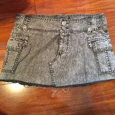 Buffalo Skirt size 27 . Buffalo Skirts Mini