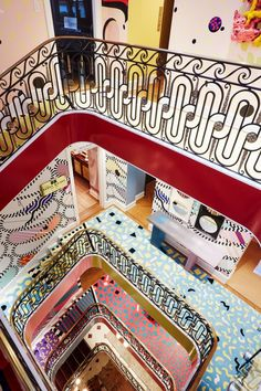 A mix between the century French Rococo and Italian Memphis Milano, Sasha Bikoff's stair art is the perfect design merge. Retro Home Decor, Home Decor Styles, Vintage Decor, Vintage Style, Kindergarten Party, Stair Art, Le Logis, Memphis Milano, Decoracion Vintage Chic