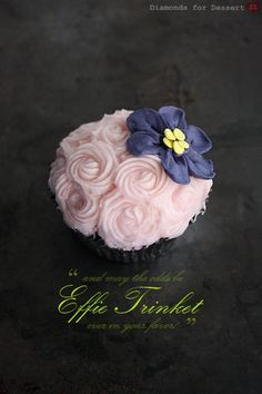 Special Wedding Cupcake Decorating