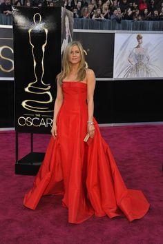 Los Oscar 2013: ¡Y seguimos con más modelitos sobre la alfombra roja!