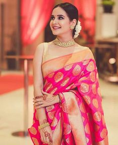 👌Designer Soft Silk Saree 👈Hurry Up! 🏷️Price : Only 📞Whatsapp & call 7042669129 Indian Wedding Outfits, Indian Outfits, Indian Attire, Dress Indian Style, Indian Dresses, Indische Sarees, Designer Sarees Wedding, Saree For Wedding, Wedding Hair