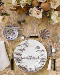 Pictured here: [Kravet scenic toile in beige](http://search.kravet.com/kravet-print-beige/scenic-slash-d.4-400/iteminformation.aspx), [Juliska Country Estate Flint dinner plate](http://www.juliska.com/collections/dinnerware/country-estate.html?color=106), [Alain Saint-Joanis Riviera Ebony flatware](http://www.alain-saint-joanis.com/en/tendance-collection/139-riviera-argente.html), [Poglia bicolor mini bone steak…