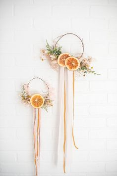 From table and vase decor to holiday DIY& add a taste of nature to your designs with natural dried orange slices. Dried Orange Slices Wide 20 Pieces per Bag Dried Flower Bouquet, Flower Bouquet Wedding, Dried Flowers, Paper Flowers, Dried Flower Wreaths, Christmas Greenery, Christmas Crafts, Christmas Decorations, Orange Decorations