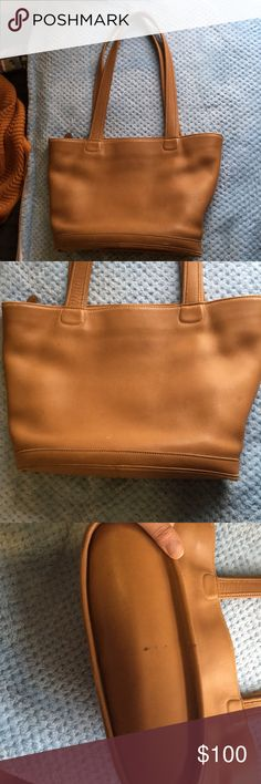 Coach purse! So this purse has some flaws and it's been used several times but it's clean for the most part! It's in good condition! Make an offer! Coach Bags Shoulder Bags