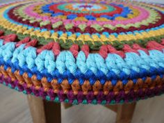 Stool covering crochet pattern