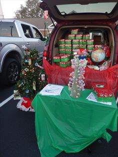 Operation Christmas Child Trunk or Treat Idea. We had a pick a pop tree game and gave out boxes and info about OCC. Games For Kids, Diy For Kids, Crafts For Kids, Christmas Shoebox, Kids Christmas, Christmas Party Games, Holiday Fun, Operation Shoebox, Office Party Games