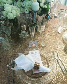 All that glitters... Styled table at @ausbridalexpos by @pieronesydney #wedding #weddingreception #modernwedding #modernweddingmagazine #stylinghandbook #ultimatebridalexpo by modernweddingmagazine