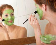 7 máscaras faciais caseiras para pele oleosa