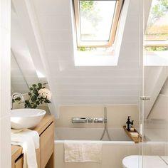 00464945 d9b57adb 1333x2000 Home, Bathtub, Space, Alcove, Bathroom