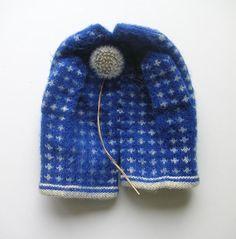 by Anu Tuominen (voikukka / dandelion) 2006 Textile Sculpture, Soft Sculpture, Textile Art, Yarn Inspiration, Fingerless Mittens, Vintage Knitting, Conceptual Art, Mitten Gloves, Graphic Design Illustration