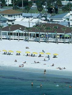 Best US Beaches - 10 Best Beaches in the US - (like Clearwater Beach pictured) Been to some of these! Road Trip Florida, Florida Travel Guide, Florida Vacation, Florida Beaches, Beach Vacation Spots, Vacation Places, Vacation Destinations, Vacation Ideas, Vacations