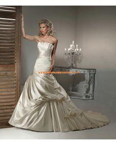 Taft schönes traumhaftes Brautkleid Bodenlang Trägerlos im Meerjungfraustil