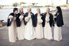 Cute wedding photo idea if it's chilly in September. Love it.