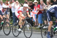 Mark Cavendish and Bernard Eisel in the London 2012 Olympic Cycling Road Race