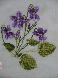 This Pin was discovered by Ilk Cross Stitch Letters, Just Cross Stitch, Cross Stitch Borders, Cross Stitch Flowers, Modern Cross Stitch, Cross Stitch Designs, Cross Stitching, Cross Stitch Embroidery, Embroidery Patterns