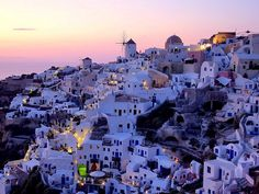 To see  Santorins sun set once in lifetime is my dream<3