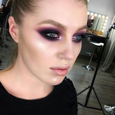 Punk eyeshadow scaramouche punk makeup, glam rock makeup и g 80s Makeup, Grunge Makeup, Glam Makeup, Makeup Eyeshadow, Disco Makeup, Makeup Style, Rock Star Makeup, Punk Rock Makeup, Rocker Chic Makeup