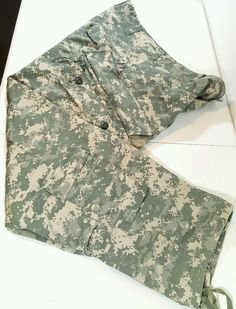 ACU Pants/Trousers Medium Short USGI Digital Camo Flame Resistant FRACU Army