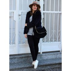Schwarze Fake Fur Jacke by Loveandfashionmarie