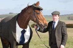 A horse sporting a custom-made Harris Tweed three-piece suit (with matching tweed cap) impressed thousands of fashionable horse-racing fans at the 2016 Cheltenham Festival.